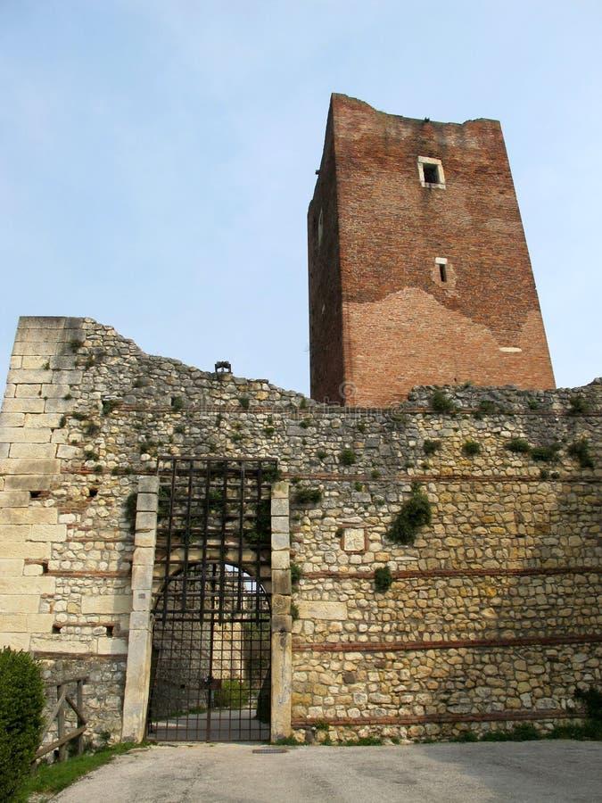 Download Kasteel Bellaguardia (of Juliet), Vicenza Stock Foto - Afbeelding bestaande uit middeleeuws, historisch: 39109328