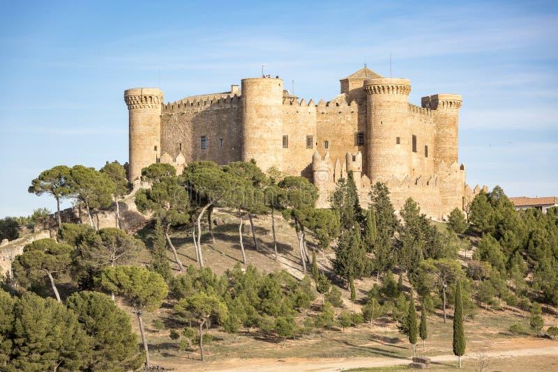 Kasteel in Belmonte stad, provincie van Cuenca, Castilla La Mancha, Spanje stock afbeelding
