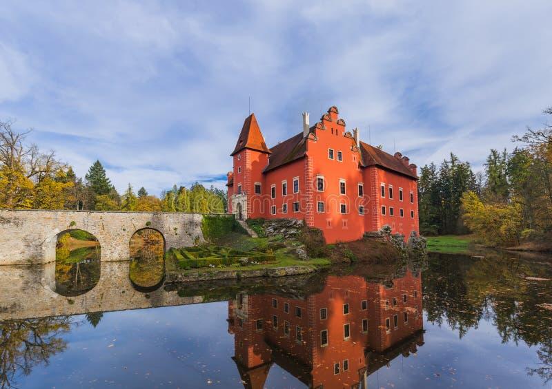 Kasteel Cervena Lhota in Tsjechische republiek stock foto's