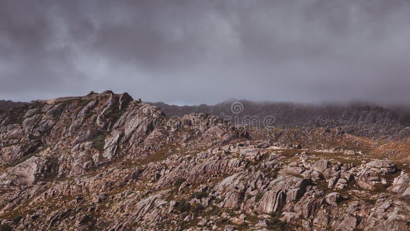 Kasteel in de Heuvels royalty-vrije stock foto's