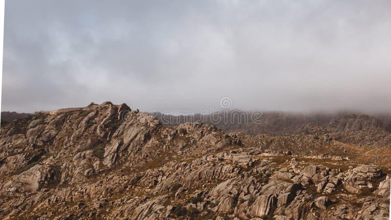 Kasteel in de Heuvels royalty-vrije stock foto