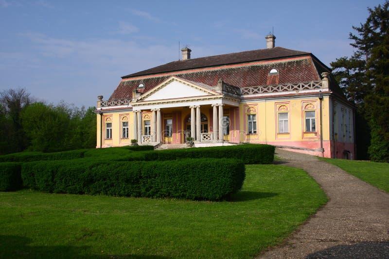 Kasteel Dundjerski in stad Kulpin in Vojvodina royalty-vrije stock foto