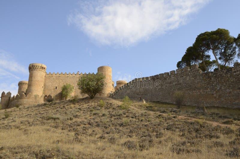 Kasteel en muur van Belmonte stock fotografie