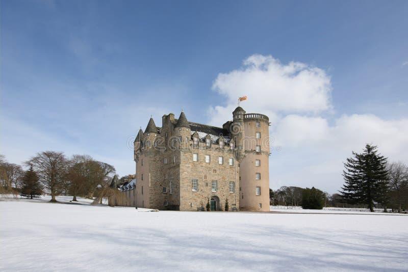 Kasteel Fraser in de sneeuw royalty-vrije stock foto's