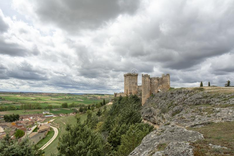 Kasteel van Penaranda DE Duero in provincie van Burgos, Spanje royalty-vrije stock foto