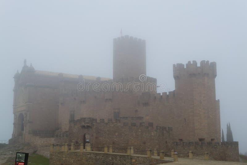 Kasteel van Xavier op een mistige dag (Spanje) stock foto's