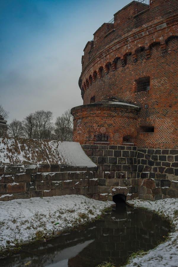 Kasteeltoren in de stad van Kaliningrad Konigsberg royalty-vrije stock afbeeldingen