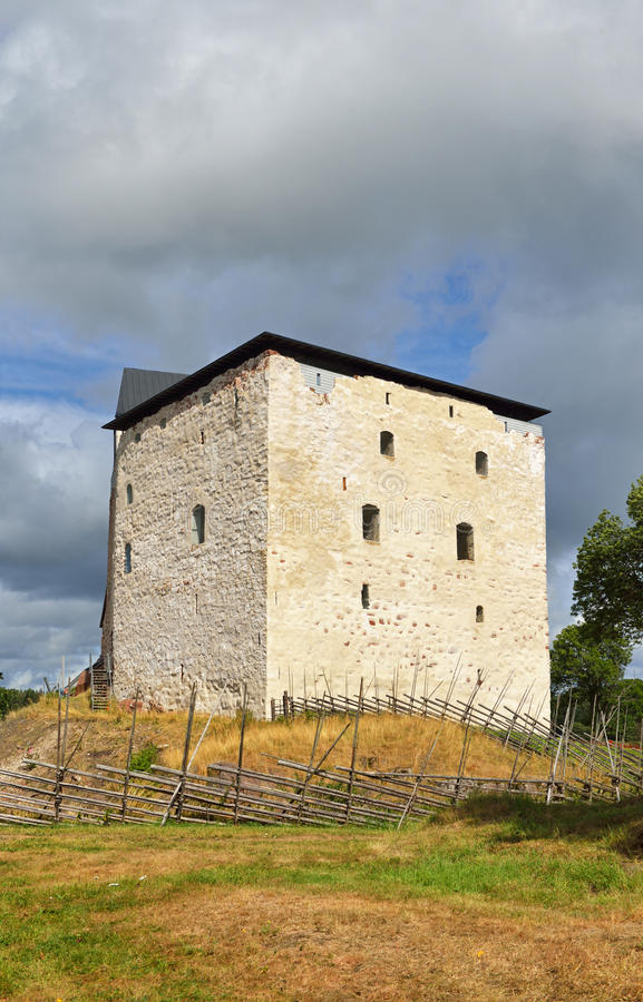 Kastelholm slott på kullen royaltyfri fotografi