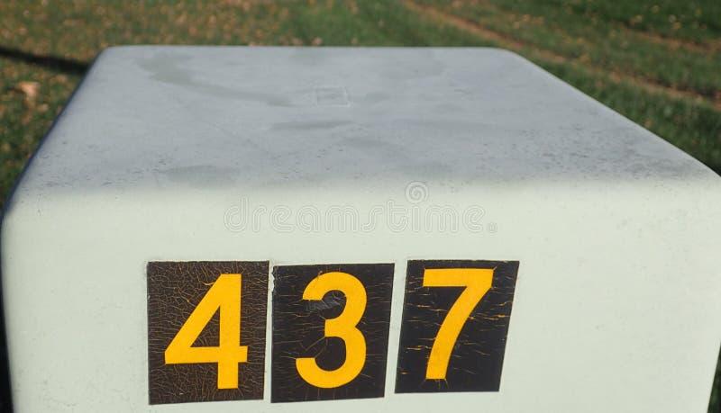 Kasten 437 stockbild
