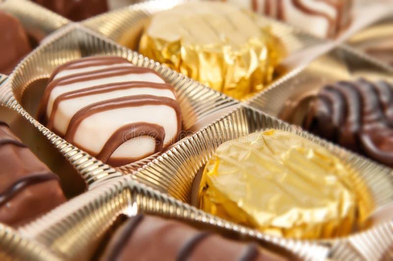 Kasten Schokoladen stockbild