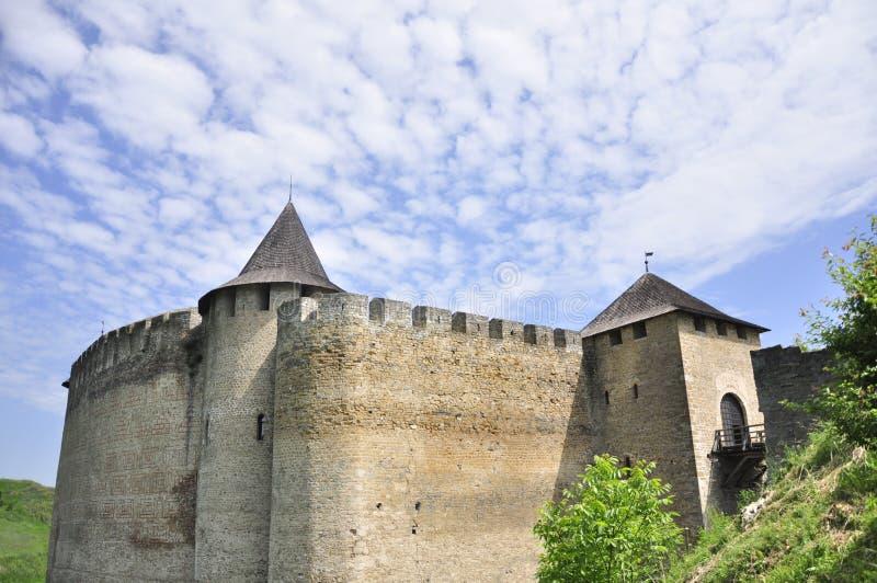 Kasztel średniowieczny, antyczny, architektura, natura, historia, podróż, obrazy royalty free