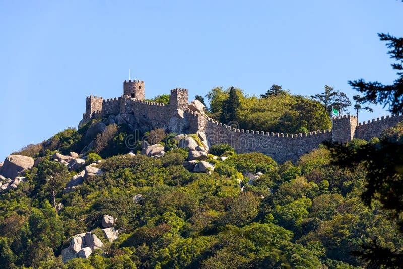 Kasztel Cumuj? jest szczytu ?redniowiecznym kasztelem w Sintra, Portugalia obrazy royalty free
