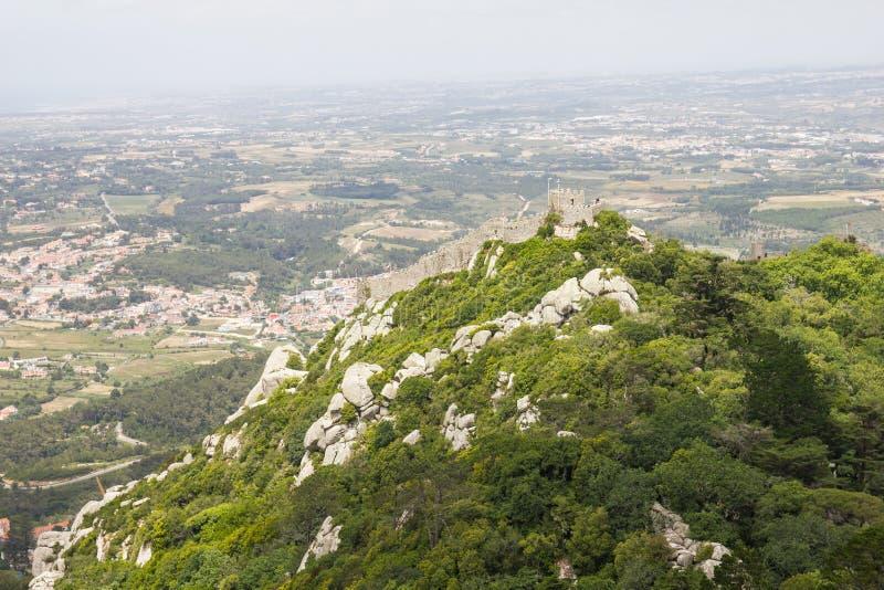 Kasztel Cumuje Castelo dos Mouros, Sintra zdjęcia royalty free
