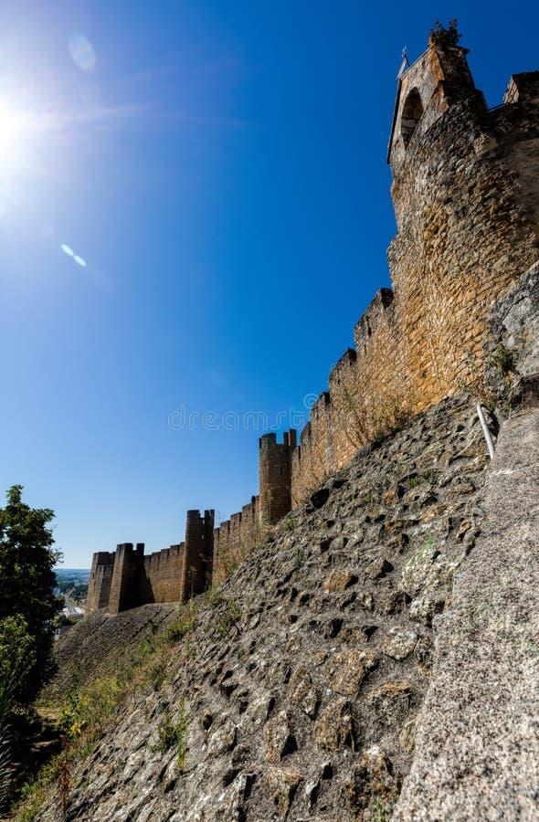 Download Kasztel Rycerza Templariusz W Tomar, Portugalia Obraz Stock - Obraz złożonej z wierza, średniowieczny: 106918603