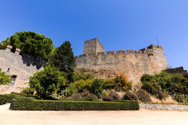 Download Kasztel Rycerza Templariusz W Tomar, Portugalia Obraz Stock - Obraz złożonej z szczyt, stary: 106918965