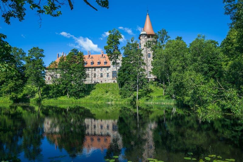 Kasztel w mieście Cesvaine, stary Średniowieczny grodowy czternasty wiek Latv zdjęcia royalty free