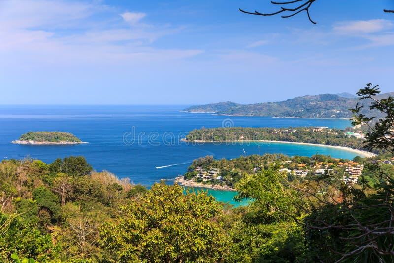 Kata和Karon使观点普吉岛靠岸 免版税库存照片
