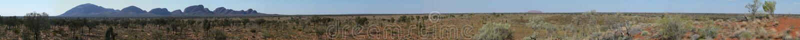 Kata Tjuta (Olgas) y panorama de Uluru (roca de Ayers) foto de archivo