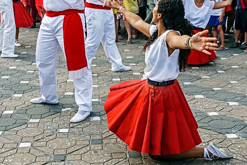 Katalanischer Spanisch-Tanz stockfotografie