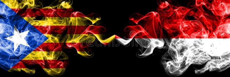 Katalonien gegen Indonesien, indonesische Rauchflaggen nebeneinander gesetzt Dicke farbige seidige Rauchflaggen von Katalonien un vektor abbildung