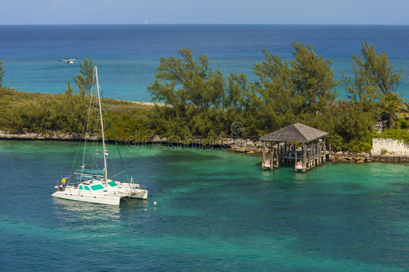 Katamaran in Bahamas lizenzfreie stockfotografie