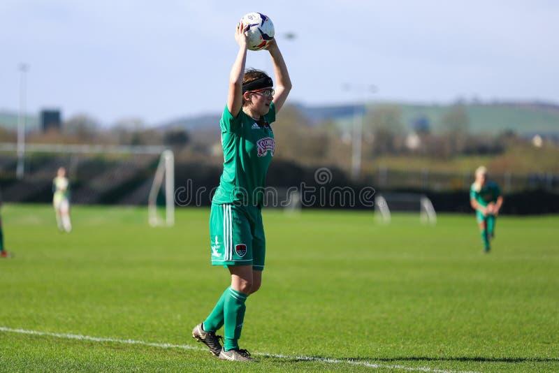 Kate O Donovan pendant le match de ligue national des femmes entre les femmes de Cork City FC et le Wexford Youths images stock