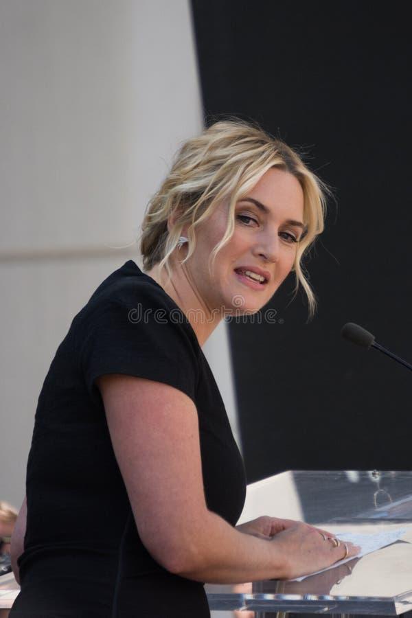 Kate Winslet spacer sława zdjęcie stock