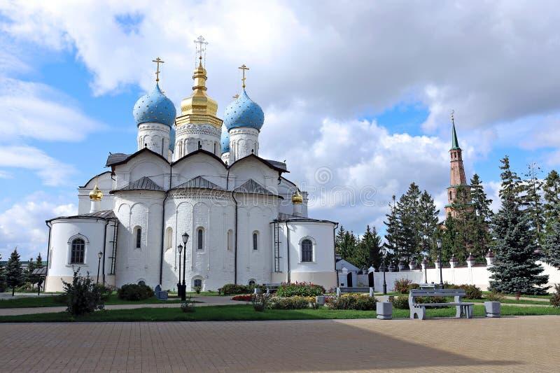 Katedra Annunciation i Soyembike górujemy w Kazan zdjęcia royalty free