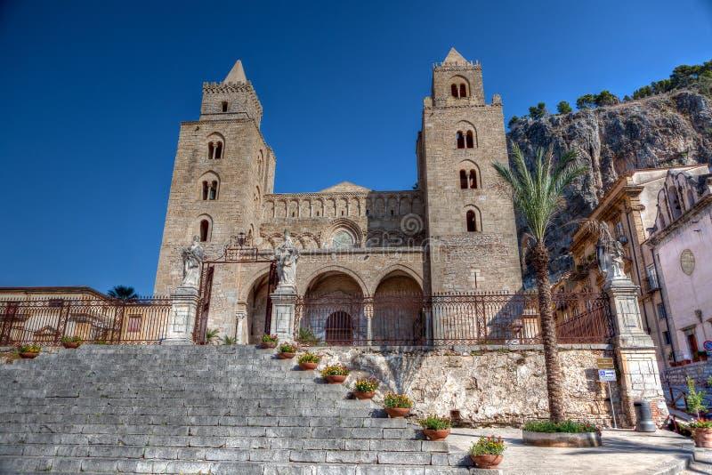 Katedra - Duomo, Cefalu, Sicily, Włochy fotografia royalty free