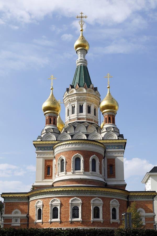 Katedra St Nicholas, Wiedeń, z swój złocistymi basztowymi cebulami fotografia royalty free