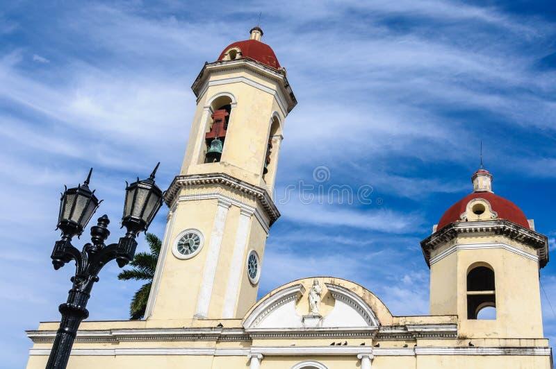 Katedra w Jose Marti parku w Cienfuegos, Kuba obrazy stock