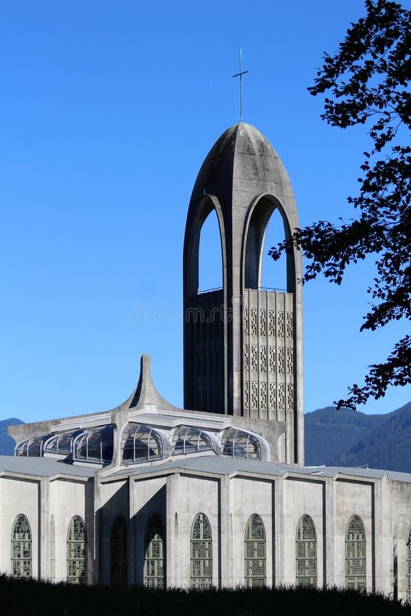 Katedralny i Dzwonkowy wierza - opactwo abbey misja BC zdjęcia royalty free