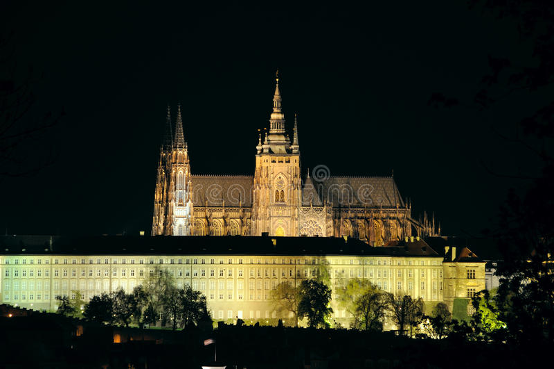 katedralny noc st vitus zdjęcie stock