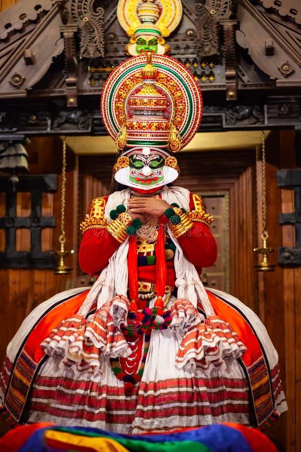 Kathakali舞蹈展示在科钦,印度 免版税库存照片