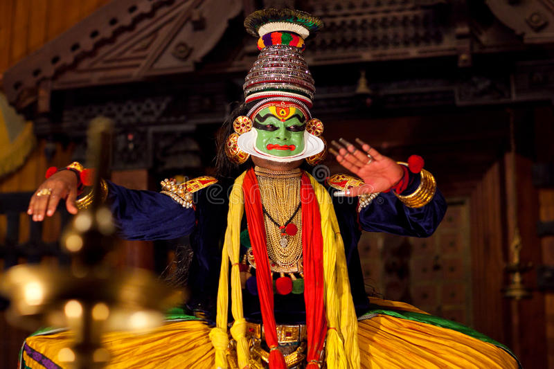 Kathakali toont in Kerala, India royalty-vrije stock afbeeldingen