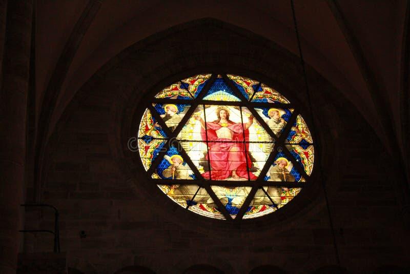 Kathedraal, Bazel stock afbeelding