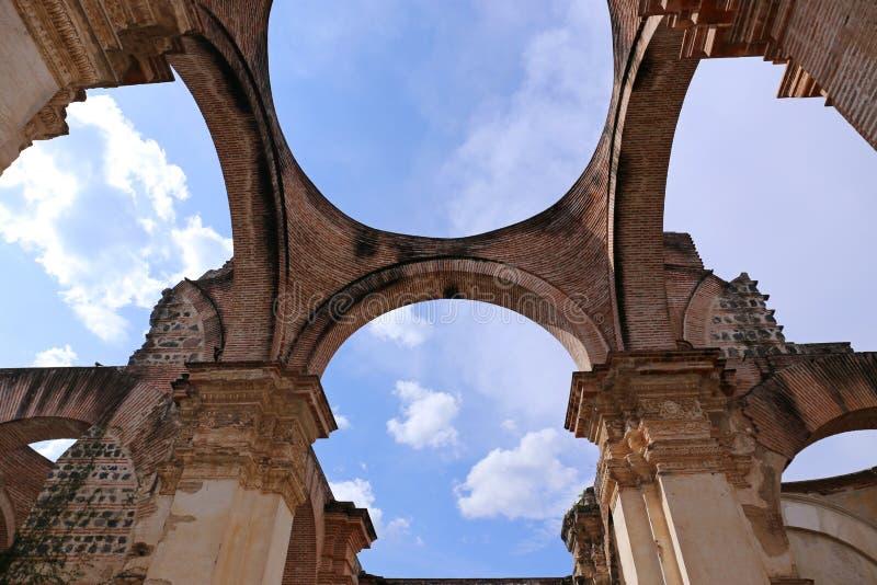 Kathedraal DE Santiago, ruïne van Antigua, Guatemala royalty-vrije stock afbeeldingen