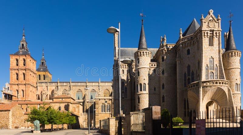 Kathedraal en Bisschoppelijk Paleis van Astorga royalty-vrije stock fotografie
