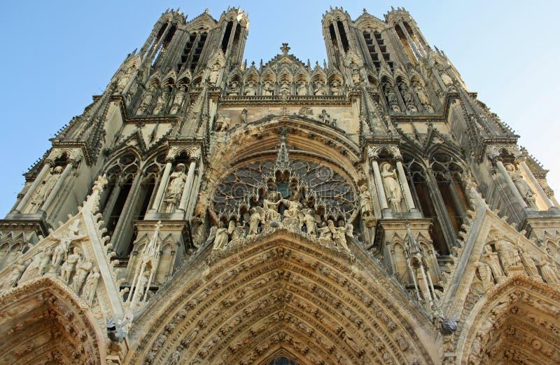 Kathedraal in Reims (Frankrijk) royalty-vrije stock fotografie