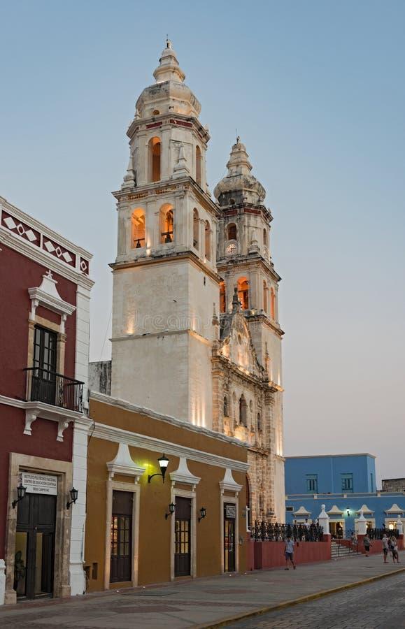 Kathedraal San Francisco DE Campeche bij zonsondergang, Mexico stock foto