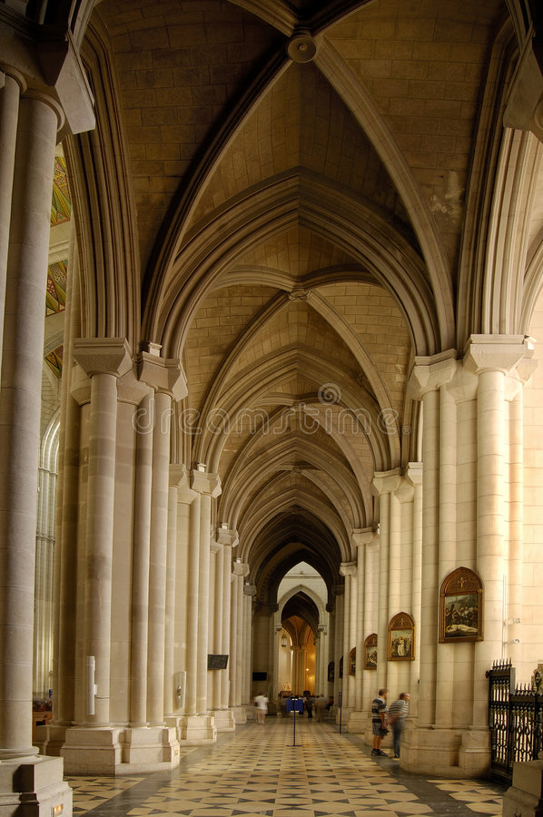 Kathedraal Van Almudena, Madrid. Album Stock Fotografie