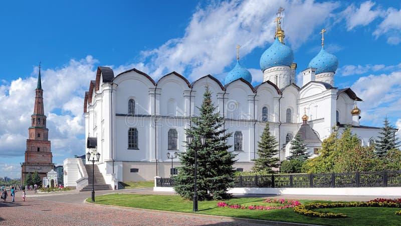 Kathedraal van de de Aankondiging en Soyembika-Toren in Kazan royalty-vrije stock fotografie
