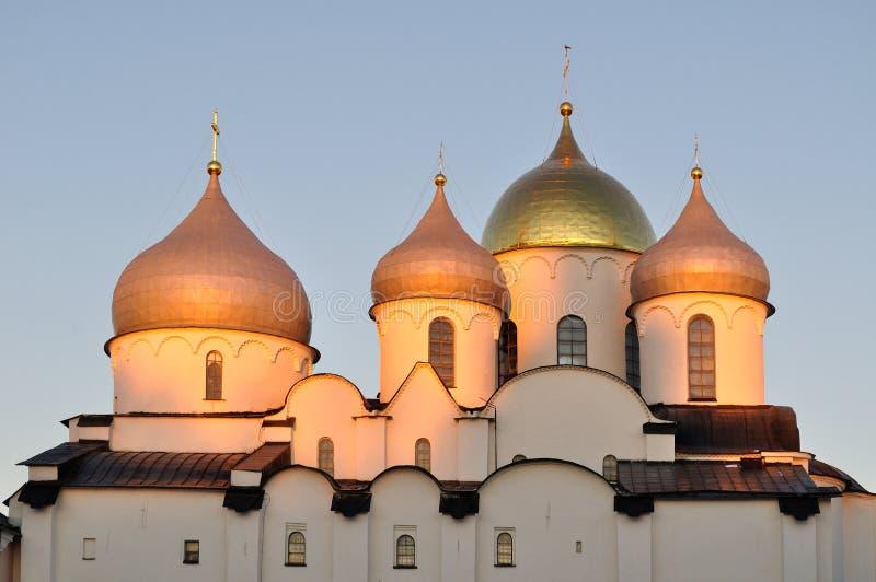 Kathedraal van Heilige Sophia in Veliky Novgorod, Rusland - gedetailleerde close-upmening bij zonsondergang royalty-vrije stock afbeelding