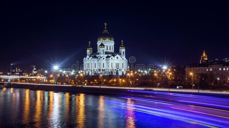 Kathedraal van Jesus Christ Saviour bij nacht in Moskou stock fotografie