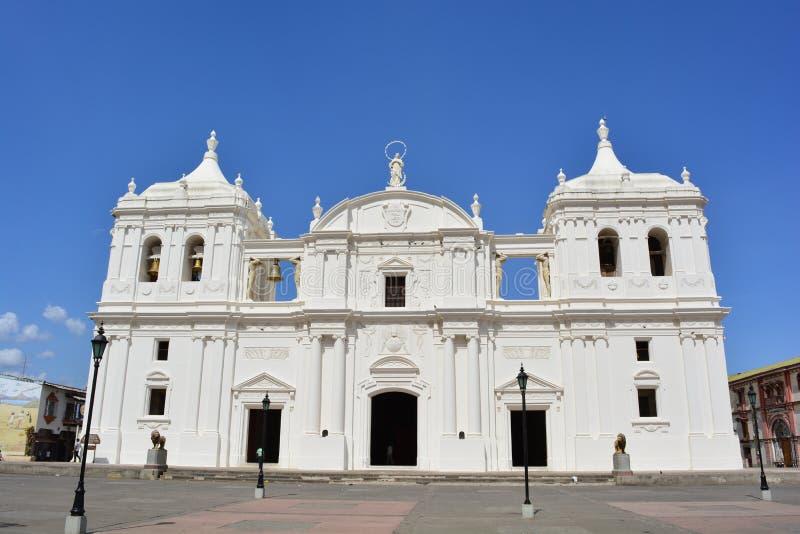 Kathedraal van Leon, een Unesco-Erfeniscentrum in Nicaragua stock afbeeldingen