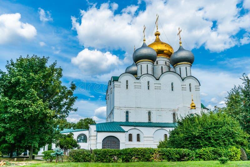 Kathedraal van Onze Dame van Smolensk stock afbeeldingen
