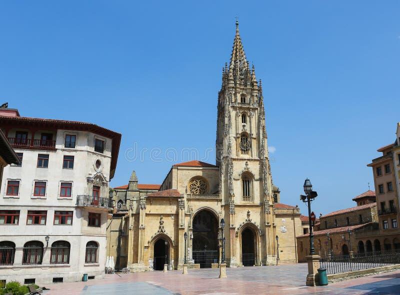 Kathedraal van Oviedo stock foto
