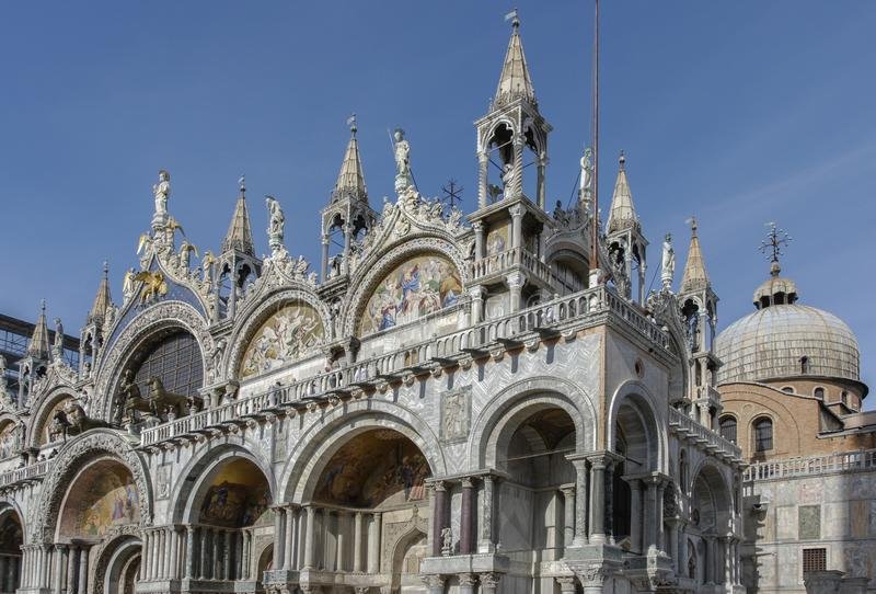 Kathedraal van San Marco San Marco Basilica in Piazza San Marco - Venetië royalty-vrije stock foto's