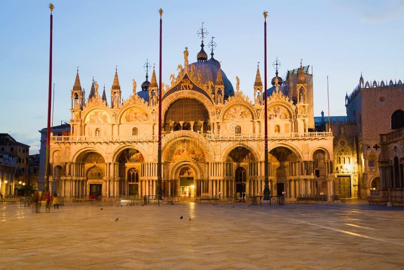 Kathedraal van San Marco in de vroege ochtend, Venetië royalty-vrije stock foto's