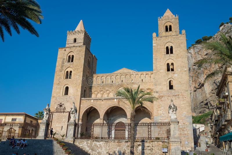 Kathedraalbasiliek van Cefalu, Sicilië Italië stock foto's